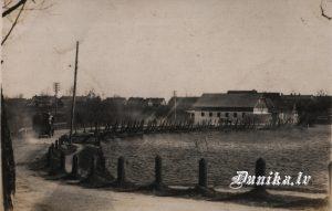 Dunikas jauktais brauc Grobiņa 1931. gads.