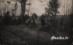 Pirktiņu mājvieta Dunikā 20 tajos gados