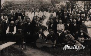Kāzas- Sikšņu Instrumentālais ansamblis,- Jānis Putra (vadītājs), Jānis Laipnieks
