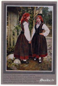 Divas māsas Dunikā.