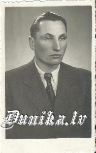 Jānis Veisbuks Sikšņu skolas direktors