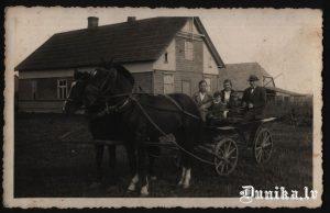 """Attēls publicēts grāmatā """"Dunikas pagasta vēsture""""."""