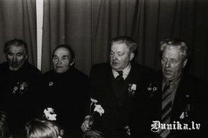 Lielā Tēvijas kara veterāni, no kreisās Miķelis Blūms, Jānis Linde, Jūlijs Kundzinš, Zigfrīds Innis.