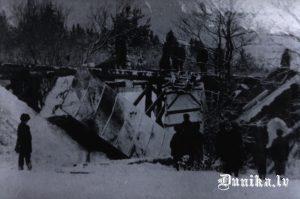 Sagrautais Bārtas tilts.