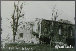 Bārtas baznīca drupās