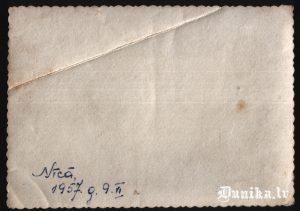 Uzraksts uz bildes 0694 Nīcā 1957.g 9.6.