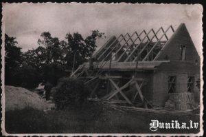 Ķudi tiek būvēti