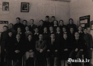 vanovkas skola 1956 gads.