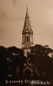 Rucavas baznīca.