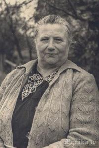 Teicēja Margrieta Reinfelde, dzimusi 1902. gadā Rucavā. 1961.gads