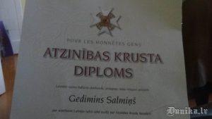 Ģedimina Salmiņa Atzinības krusta diploms.