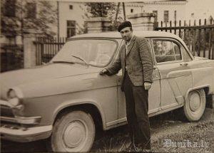 """Darba mašīna GAZ 21 """"Volga"""" saukta """"Dzeltenā bestija"""""""